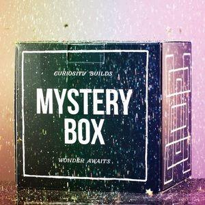 🎁FIVE POUND DRESS MYSTERY BOX 🎁